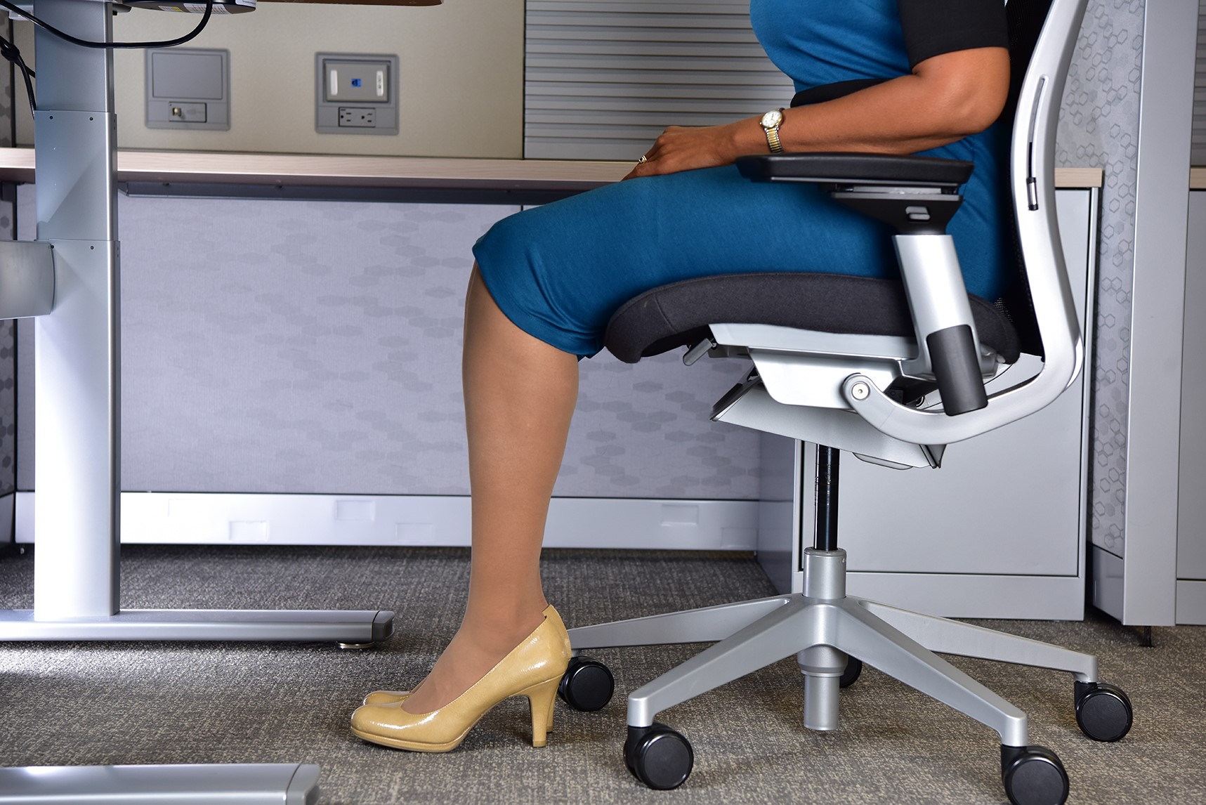 Four Key Features of an fice Chair Humantech