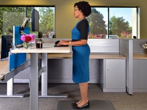 Three Steps to Creating Your Ideal Office Workstation article image